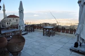 Takaev Hotel, Uchisar