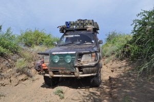 Nicky descends through Sibioli park, Turkana route